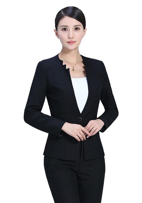 时尚休闲女士职业装