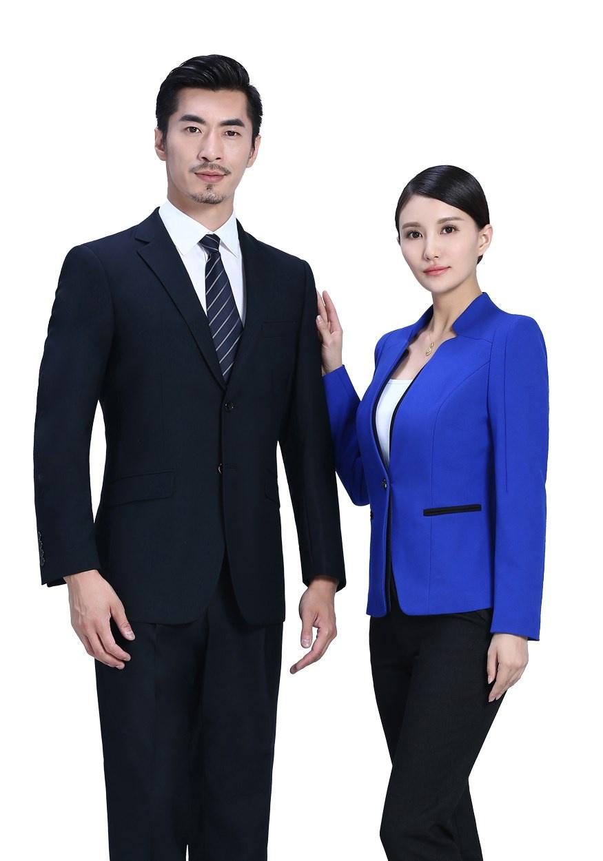 从定制西装可以看出你的性格?定制西装的搭配技巧